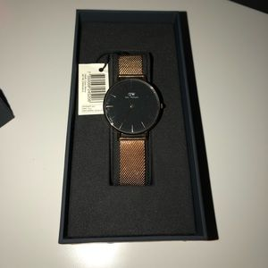 Daniel Wellington Melrose Rose Gold Watch